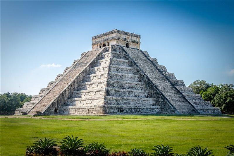 El Castillo o pirámide de Kukulcán, en Chichén Itzá.