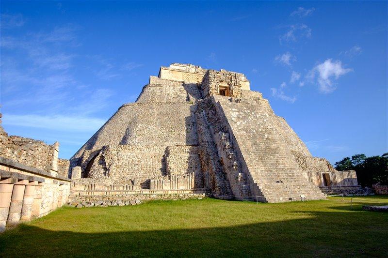 Pirámide de El Adivino, en Uxmal.