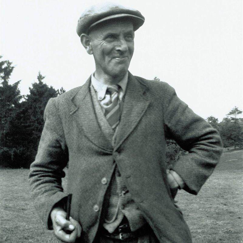 Basil Brown, el descubridor de Sutton Hoo